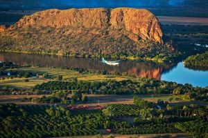 Bungle Bungle Scenic Flight Including Ground Tour of the Argyle Diamond Mine - Accommodation Find