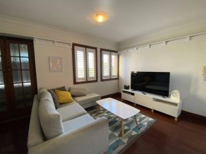 Brisbane City Apartment atop Victoria Park - Accommodation Find